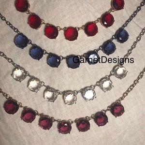 Striking Jeweltone large 7 Rhinestone Necklace